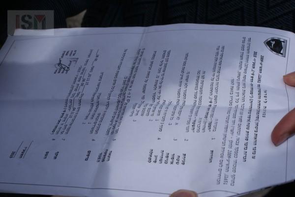 Orden de zona militar presentada a internacionales durante el desalojo